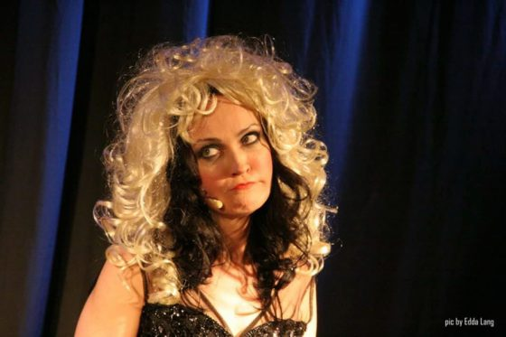 Viktoria Lein, Kabarettistin, Sängerin, Vocal Coach, Schauspilerin